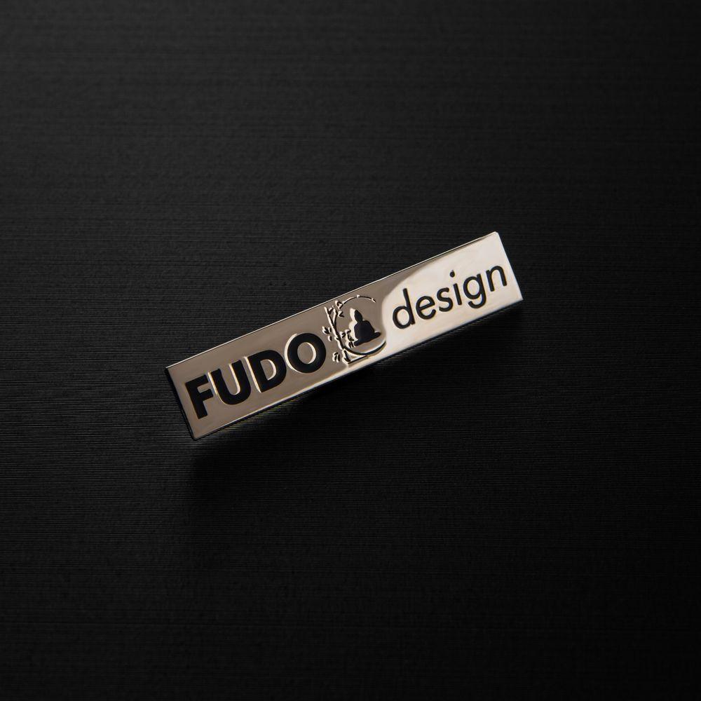 Шильды для дизайнерского ателье